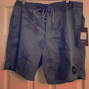 Men's board shorts RVCA brand new size 36